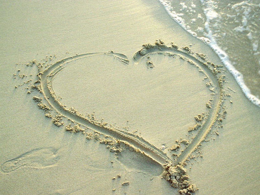 Big Heart In The Sand - background wallpaper desktop