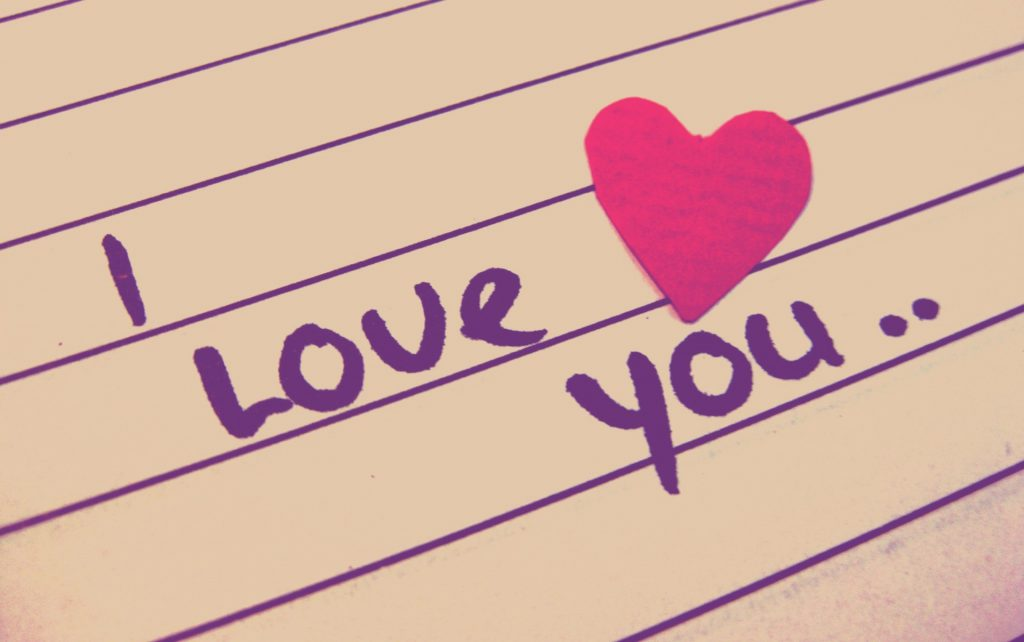 I Love You - written on lined paper - Wallpaper Background